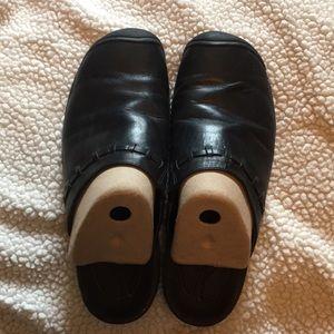 Women's Keen clogs size 11